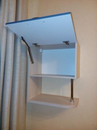Фото мебели детской комнаты: BLUM HK-XS обеспечивает легкое открывание и плавное закрывание двери
