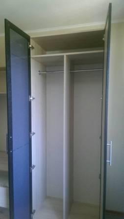 4-х дверный шкаф с комодом Волжский