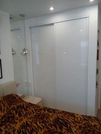 Шкаф спальня-AGT белый
